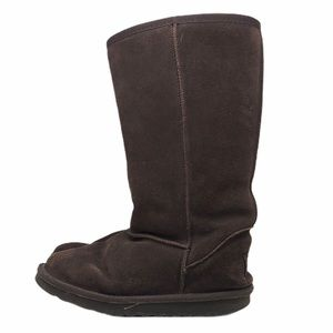 UGG Classic Short Brown Boots